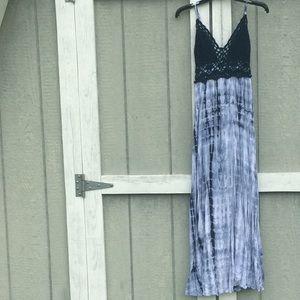 Xhilaration Tye Die Crotched Maxi Dress Small 👗